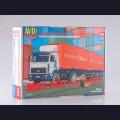 1:43 AVD Models 7042 Седельный тягач МАЗ-5432 с полуприцепом-контейнеровозом МАЗ-938920