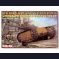 1:35  Dragon  6103 Немецкие саперы с самоходными минами Goliath