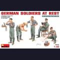 1:35 MiniArt 35062 Немецкие солдаты на отдыхе