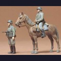 1:35  Tamiya  35053 Немецкий кавалерист и пехотинец