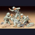 1:35  Tamiya  35193 Немецкий миномётный расчёт