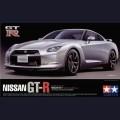1:24  Tamiya  24300 Nissan GT-R