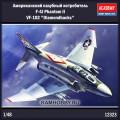 1:48 Academy 12323 Американский палубный истребитель F-4J Phantom II VF-102